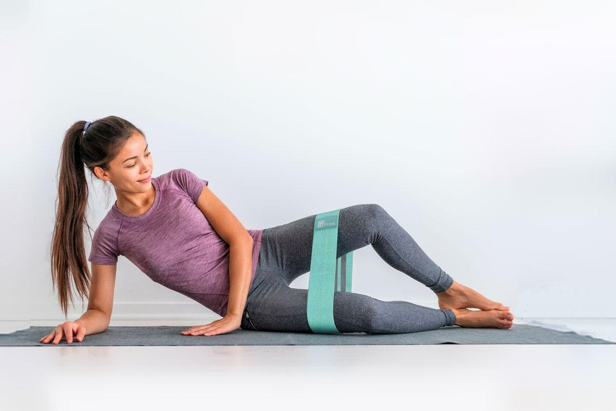 Упражнения с резинками для женщин