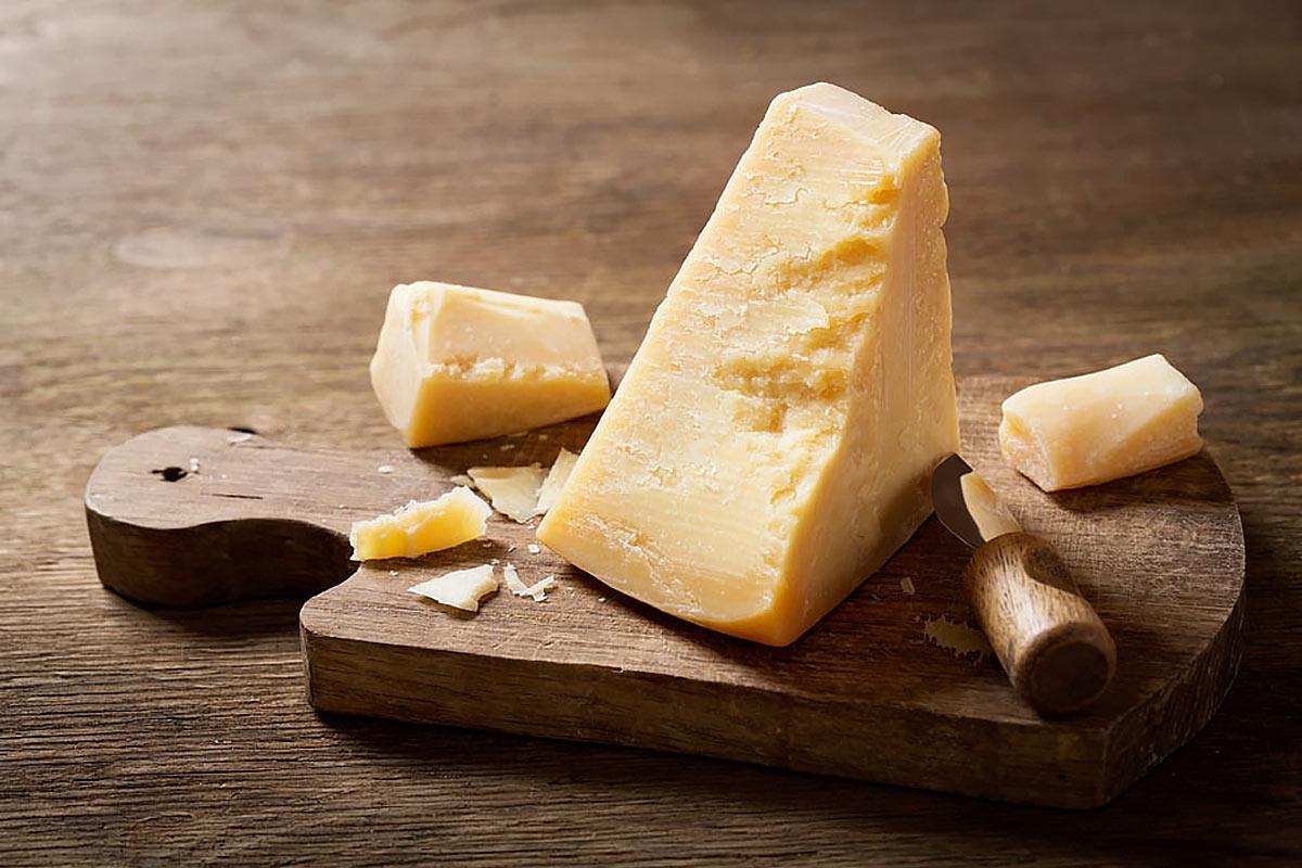 Цинк в продуктах — твердый сыр