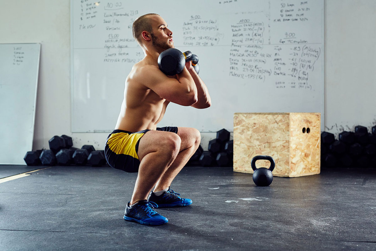 Приседания —главное упражнение для мышц ног