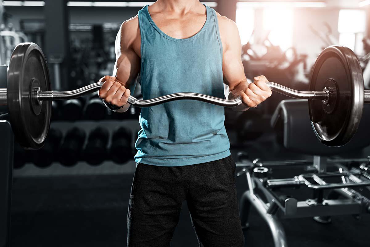 Как накачать бицепс —лучшие упражнения