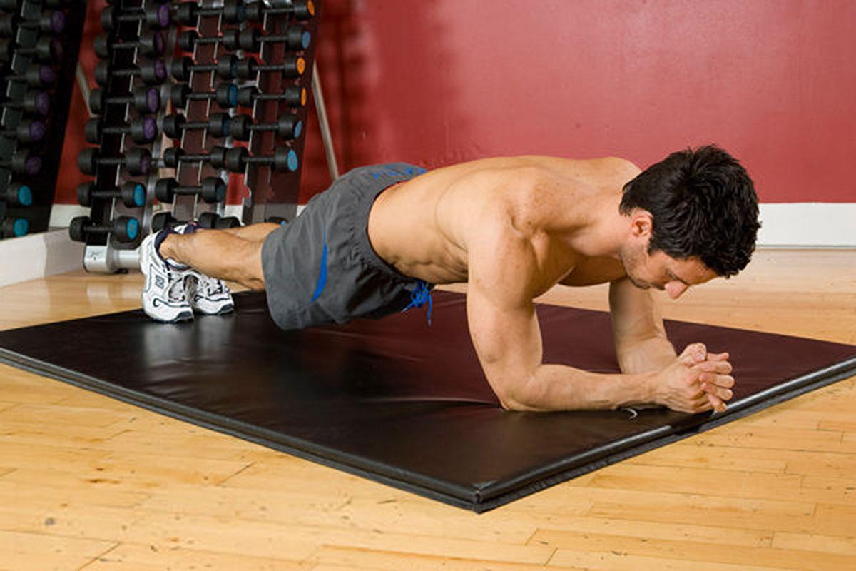 Упражнение планка для укрепления живота